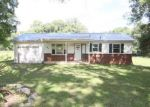 Foreclosed Home in Clarksville 37042 640S S LIBERTY CHURCH RD - Property ID: 4190404