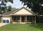 Foreclosed Home in Rosenberg 77471 1721 MULCAHY ST - Property ID: 4192005