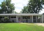 Foreclosed Home in Hazelwood 63042 950 CHULA DR - Property ID: 4192349