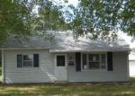 Foreclosed Home in Evansville 47714 3016 RAVENSWOOD DR - Property ID: 4193811