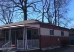 Foreclosed Home in Madison Heights 48071 580 HECHT DR - Property ID: 4194127