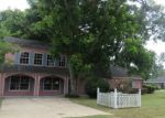 Foreclosed Home in Groves 77619 6610 WASHINGTON ST - Property ID: 4194483