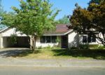 Foreclosed Home in Portland 97267 7529 SE LILLIAN AVE - Property ID: 4194702