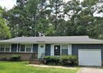 Foreclosed Home in Raeford 28376 611 N JACKSON ST - Property ID: 4194711