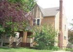 Foreclosed Home in Lakewood 44107 2301 OGONTZ AVE - Property ID: 4194784