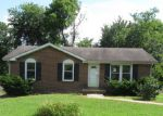 Foreclosed Home in Clarksville 37043 1971 MARK AVE - Property ID: 4195270