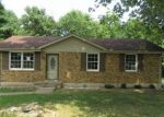 Foreclosed Home in Clarksville 37040 346 GOLDEN DR - Property ID: 4195860