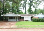 Foreclosed Home in Alexandria 71301 6145 YOHO DR - Property ID: 4196080
