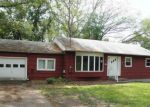 Foreclosed Home in Uncasville 6382 9 ORCHARD DR - Property ID: 4196841