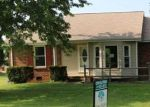 Foreclosed Home in Clarksville 37042 403 MANORSTONE LN - Property ID: 4197480