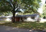 Foreclosed Home in Newton 50208 306 E 19TH ST N - Property ID: 4198443
