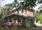 Foreclosed Home in Mastic 11950 25 PENTMOOR DR - Property ID: 4198970