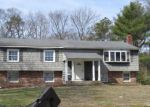 Foreclosed Home in Coram 11727 12 BARCLAY DR - Property ID: 4198973