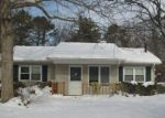 Foreclosed Home in Mastic 11950 55 FORRESTALL DR - Property ID: 4198979