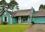 Foreclosed Home in Gautier 39553 2207 DOLPHIN DR - Property ID: 4199242