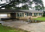 Foreclosed Home in Houma 70363 9693 E MAIN ST - Property ID: 4199279