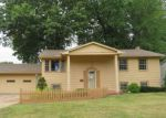 Foreclosed Home in Youngstown 44514 7996 SIGLE LN - Property ID: 4199857