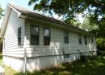Foreclosed Home in Independence 64054 711 S STERLING AVE - Property ID: 4200110