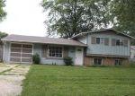 Foreclosed Home in Bolingbrook 60440 527 WHITE OAK RD - Property ID: 4200335