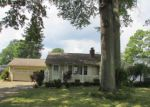 Foreclosed Home in Youngstown 44511 4024 ARDEN BLVD - Property ID: 4200972