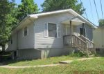 Foreclosed Home in Marshall 65340 701 E LAURA ST - Property ID: 4201037