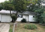 Foreclosed Home in Brentwood 11717 174 HILLTOP DR - Property ID: 4201996