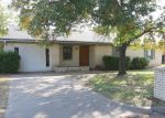 Foreclosed Home in Gatesville 76528 301 SHADY LN - Property ID: 4202197