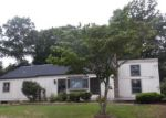 Foreclosed Home in Bayville 8721 446 HARDING AVE - Property ID: 4202930