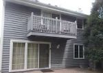 Foreclosed Home in Franklin 53132 7401 W TUCKAWAY CREEK DR - Property ID: 4203373