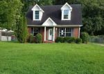 Foreclosed Home in Clarksville 37042 754 SPEES DR - Property ID: 4203538