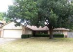 Foreclosed Home in Yukon 73099 125 E MESA VERDE ST - Property ID: 4203692