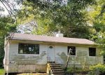 Foreclosed Home in Medford 11763 74 SEYMOUR LN - Property ID: 4203820