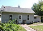 Foreclosed Home in Minneapolis 55422 3432 KYLE AVE N - Property ID: 4203966