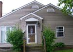 Foreclosed Home in Herrin 62948 104 S 18TH ST - Property ID: 4204154