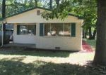 Foreclosed Home in Indianapolis 46219 1405 N RIDGEVIEW DR - Property ID: 4204209