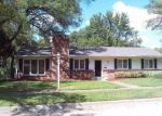 Foreclosed Home in Topeka 66604 5524 SW 18TH TER - Property ID: 4204271