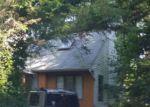 Foreclosed Home in Calverton 11933 56 CEDAR ST - Property ID: 4204917