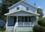 Foreclosed Home in Newfane 14108 2673 VAN HORN AVE - Property ID: 4204932