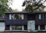 Foreclosed Home in Wyandanch 11798 86 N 17TH ST - Property ID: 4204967