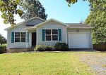 Foreclosed Home in Aberdeen 28315 115 ROBIN HOOD LN - Property ID: 4205007