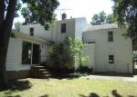 Foreclosed Home in Cleveland 44121 4605 GREENWOLD RD - Property ID: 4205091