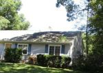 Foreclosed Home in Mastic Beach 11951 125 ALDER DR - Property ID: 4205444