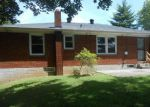 Foreclosed Home in Clarksville 37042 47 WALKER CIR - Property ID: 4205814