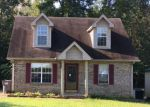 Foreclosed Home in Clarksville 37042 816 SHELTON CIR - Property ID: 4205824