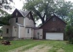 Foreclosed Home in Fairmont 56031 318 BUDD ST - Property ID: 4206020