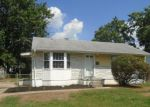 Foreclosed Home in New Castle 19720 31 ARDEN AVE - Property ID: 4206482