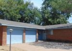 Foreclosed Home in Ponca City 74601 1909 N OSAGE ST - Property ID: 4207050
