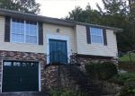 Foreclosed Home in Charleston 25302 956 GREENDALE DR - Property ID: 4207109
