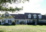 Foreclosed Home in Luray 22835 617 BIG OAK RD - Property ID: 4207405