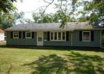 Foreclosed Home in Cedar Rapids 52402 3650 OAKLAND RD NE - Property ID: 4207685